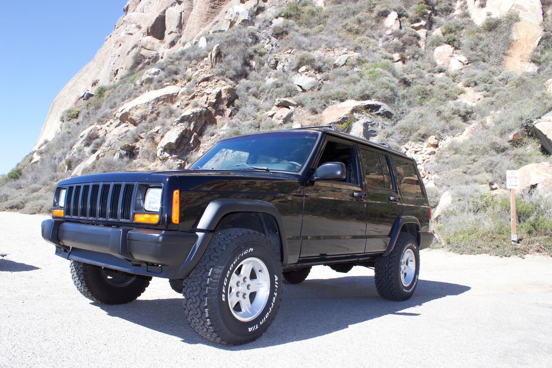 Jeep Cherokee XJ Custom Spoiler & SpoilerLight  Type I
