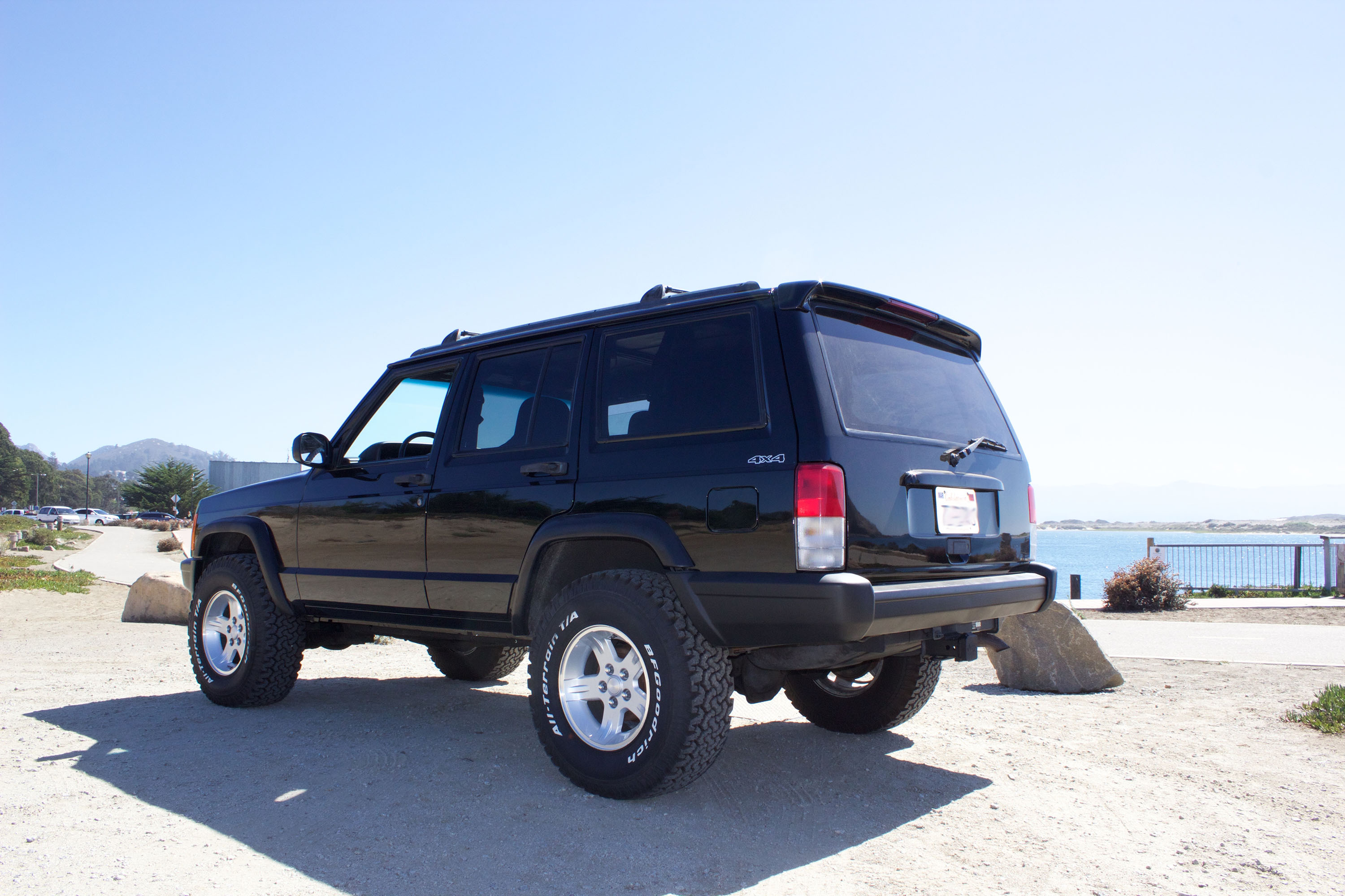 Jeep Cherokee Xj Custom Spoiler And Spoilerlight Type I